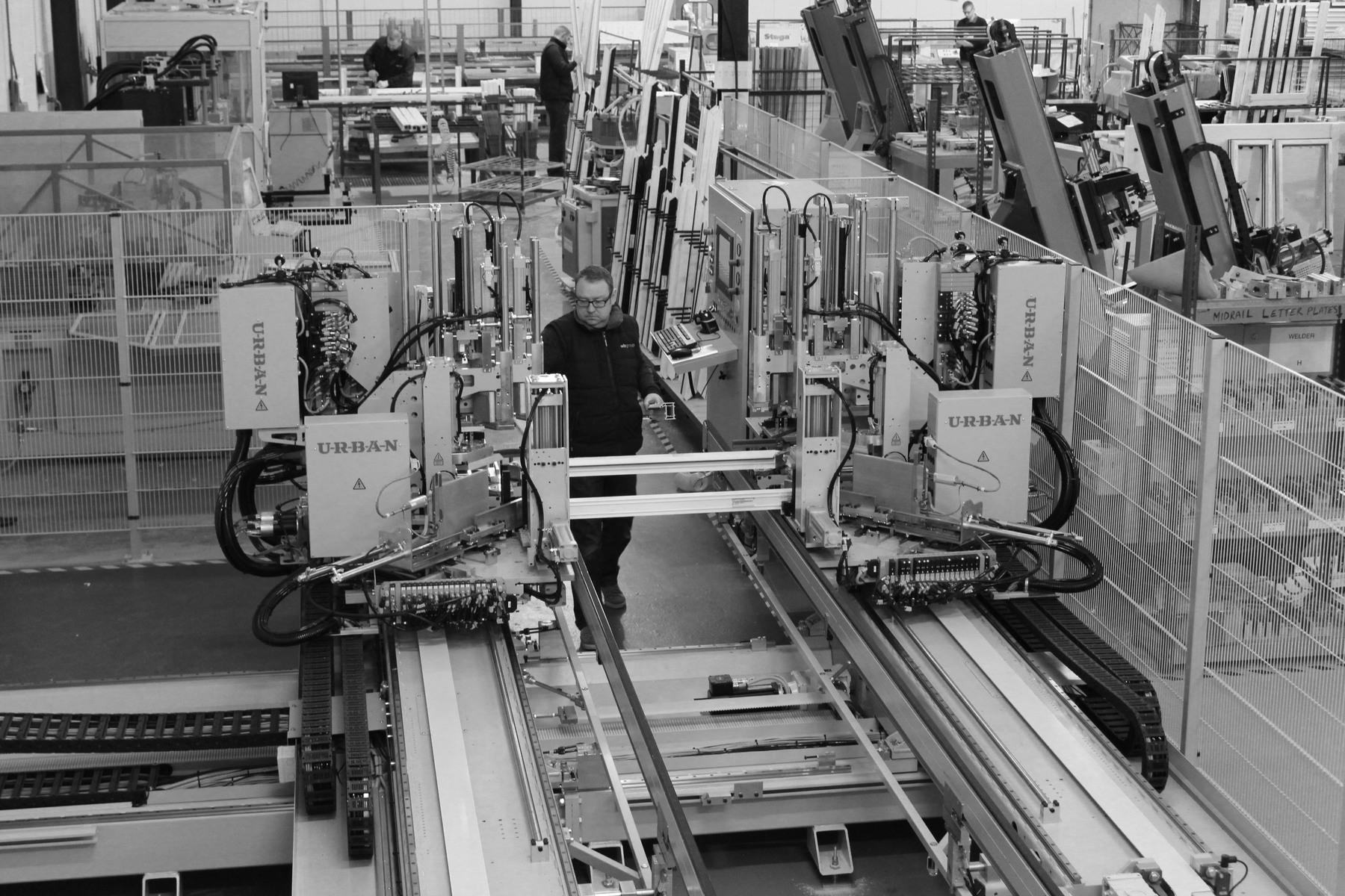 URBAN Machinery - Avantek